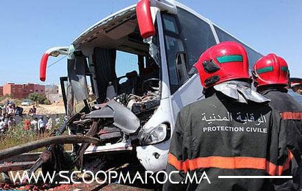 مصرع السائق وإصابة 35 آخرين في حادث اصطدام بين حافلة وشاحنة ضواحي برشيد